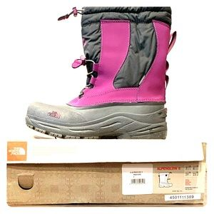 NWOT NORTH FACE ALPENGLOW II BOOTS